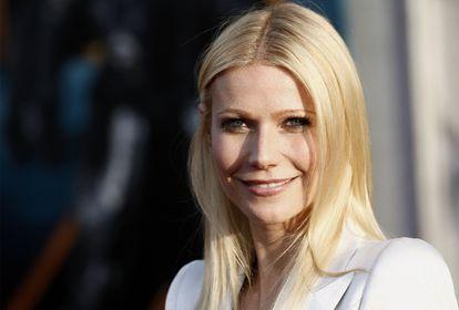 """Gwyneth Paltrow, esposa del cantante de Coldplay, Chris Martin, ha expresado su deseo de aumentar la familia en el programa <i>The Ellen DeGeneres Show</i>, de la cadena estadounidense NBC. La actriz, de 37 años, ha dicho que le """"encantaría"""" tener otro hijo """"en algún momento"""" y ha comentado que sus dos pequeños """"son geniales y dulces"""", a pesar de algunas rabietas. """"Son niños y tienen que hacer esas cosas. Simplemente a veces tienes que ponerte tapones en los oídos"""", ha añadido Paltrow, que estos días está promocionando la película <i>Iron Man 2</i>."""