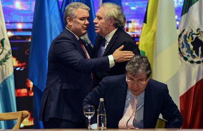 Luis Almagro y el presidente de Colombia, Iván Duque, el jueves en la inauguración de la Asamblea General de la OEA en Medellín