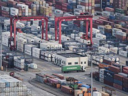 Pekín sube las tarifas a mercancías valoradas en 3.000 millones de dólares tras los gravámenes que afectan a su acero y aluminio