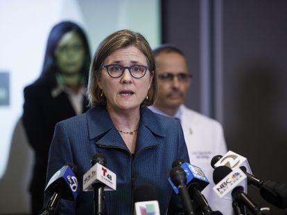 Sara Cody, responsable de sanidad del condado de Santa Clara (Silicon Valley), en una rueda de prensa en marzo.