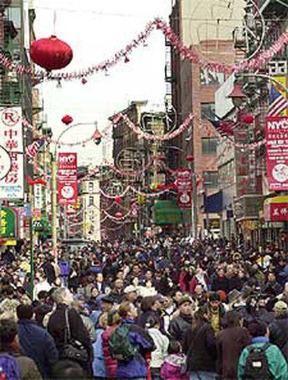 Adornos en la calle Mott del Barrio Chino de Nueva York.