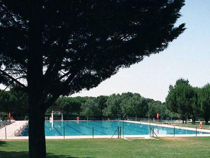 Una piscina municipal.
