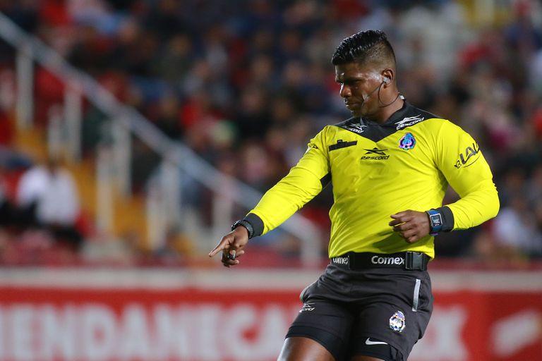 Adalid Maganda revela que el arbitraje afectó su salud y por eso motivo ya no quiere regresar al futbol