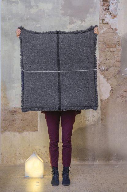 Funda de puf Zabu-Thor, tejida con lana merina ecológica proveniente de la Provenza.
