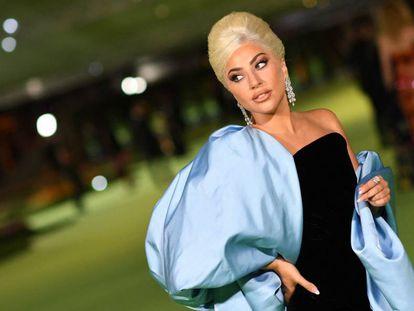 Lady Gaga, a su llegada a la gala del Academy Museum of Motion Pictures de Los Ángeles, California.