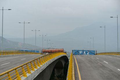 El puente de Tienditas, bloqueado por autoridades venezolanas, en una imagen de febrero de 2019.