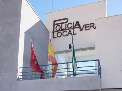 Edificio de la Policía local de Vera, en Almería.