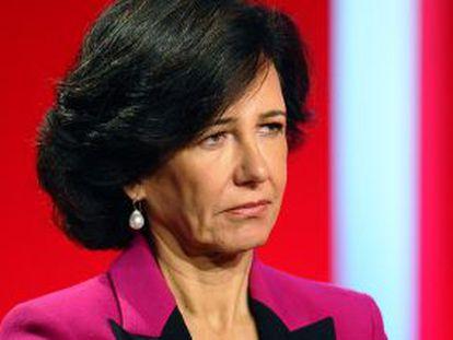 Ana Botín, en una junta de accionistas.
