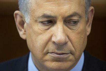Benjamín Netanyahu en el consejo de ministros de este domingo, 24/11/2013.