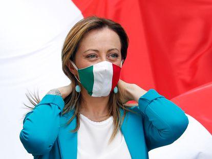 Giorgia Meloni, líder de Hermanos de Italia, en una protesta contra el Gobierno de Giuseppe Conte el 2 de junio de 2020 en Roma.