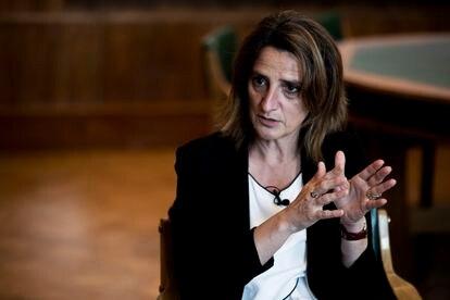 Teresa Ribera, en su despacho durante la entrevista.