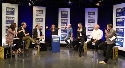 Los siete candidatos, en un momento del debate.