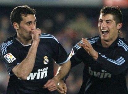 Arbeloa celebra su gol que abrió el partido ante el Xerez