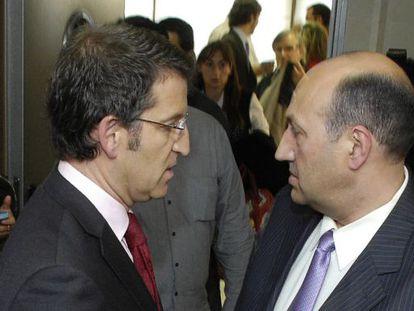 El presidente de la Xunta junto al delegado en Ourense, Rogelio Martínez