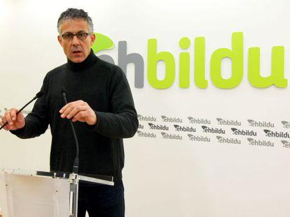 Xabier Mikel Errekondo, en su rueda de prensa de este lunes en Bilbao.