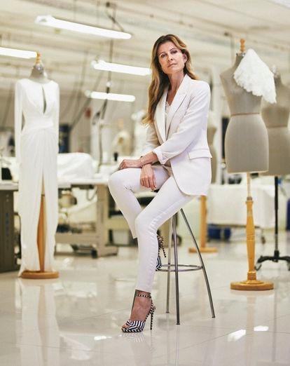 La CEO de la firma Pronovias, Amandine Ohayon, fotografiada en las oficinas centrales de Barcelona.