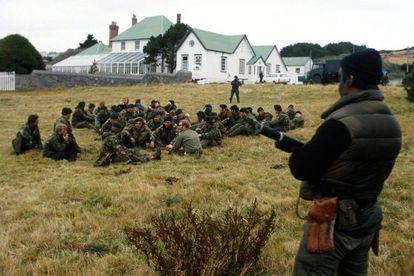 Foto de Archivo de la Guerra de las Malvinas en 1982 entre Argentina y Reino Unido