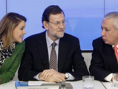 """Rajoy ironiza sobre el """"fiasco"""" de Mas y le ofrece ayuda para más recortes"""