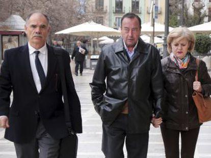 El ministerio público estima  falta de pruebas  para condenar al padre Román