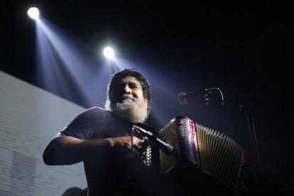 Músico Celso Piña, durante un concierto en 2018.