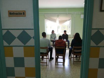 Grupo de tratamiento en Proyecto Hombre.  FUNDACIÓN CEPSA. 30/03/2020