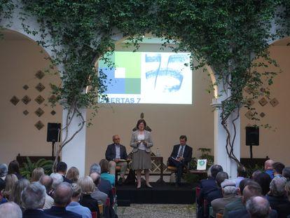 Agnès Borel, durante la presentación del libro de ibertas 7 este jueves.