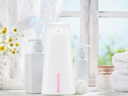 Este dispensador de jabón automático es portátil y puede colocarse en la cocina, el baño o en la oficina
