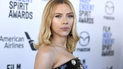 Scarlett Johansson, en los premios Independent Spirit, en marzo de 2020.