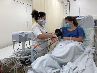Área de casos sospechosos de coronavirus en el Hospital Santa Caterina de Salt (Girona).