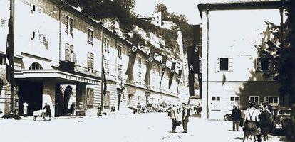 Imagen del Museo de Ciencias Naturales de Salzburgo tras la anexión de Austria por la Alemania nazi en 1938. Ahora ocupa otra sede.