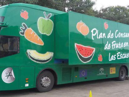 El Frutibús, un autobús para promocionar el consumo de frutas y hortalizas