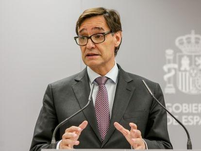 El ministro de Sanidad, Salvador Illa, durante la rueda de prensa este lunes, en Madrid.