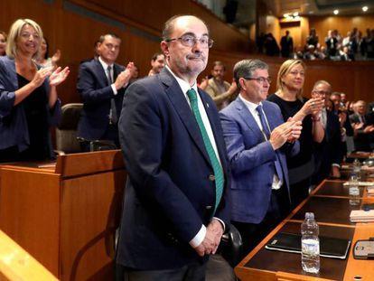 El socialista Javier Lambán, tras ser investido presidente de Aragón, este miércoles. En vídeo, última intervención de Javier Lambán en el pleno de investidura y recuento de votos.