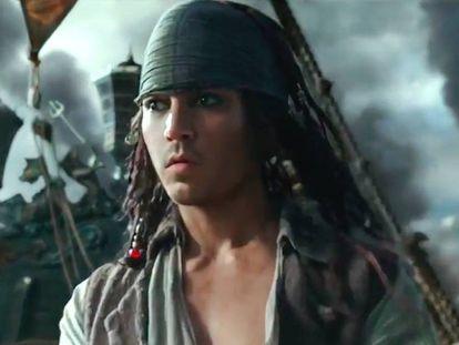 Johnny Depp, rejuvenecido en un fotograma de 'Piratas del Caribe. La venganza de Salazar'.