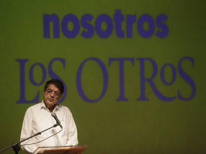 El escritor Sergio Ramirez habla en el festival Centroamérica Cuenta, en Managua.