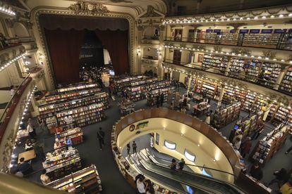 Interior de la librería El Ateneo Grand Splendid, en Buenos Aires.