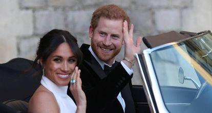 Enrique y Meghan salen de Windsor hacia Frogmore House para celebrar la fiesta de su boda, el 19 de mayo de 2018.