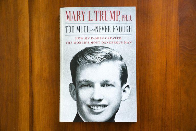 La portada del libro 'Demasiado y nunca suficiente: cómo mi familia creó al hombre más peligroso del mundo'.