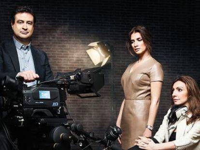 El cerebro del programa. Macarena Rey, en el centro y Ana Rivas. Son la producción ejecutiva del programa y posan junto al chef Pepe Rodríguez.