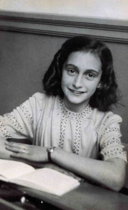 Retrato de Ana Frank.