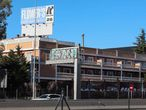 La fachada del club de alterne Flower's, junto a la autovía A-6, a la altura de Las Rozas, en una imagen tomada este diciembre.