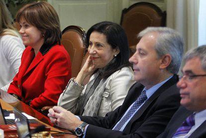 De izquierda a derecha: los vocales Inmaculada Montalbán, Margarita Robles y Antonio Dorado.