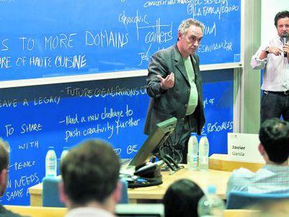 Ferran Adrià expone el caso de elBulli en ESADE.