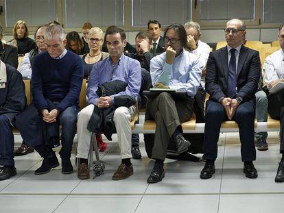 Los procesados por el 'caso Emarsa' durante el juicio.
