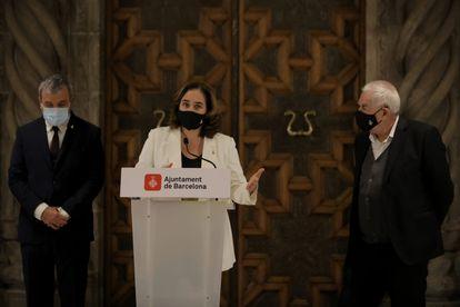 La alcaldesa de Barcelona, Ada Colau, presenta un acuerdo de presupuestos municipales junto a Jaume Collboni (PSC) y Ernest Maragall (ERC)