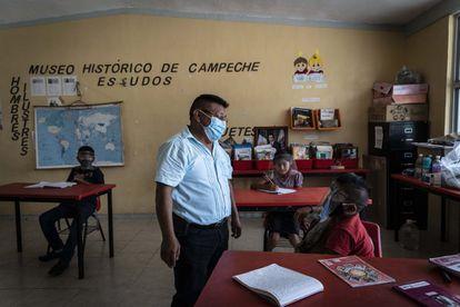 Para garantizar la reapertura de escuelas ha sido indispensable la vacunación de los 5.072 maestros del Estado de Campeche.
