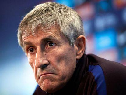 Quique Setién, en la rueda de prensa en la Ciudad Deportiva del Barça.