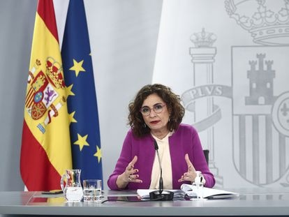 La ministra de Hacienda y portavoz del Gobierno, María Jesús Montero, este martes durante la rueda de prensa posterior al Consejo de Ministros.