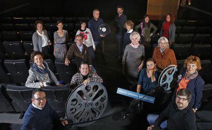 Algunos de los 1200 socios que gestionan los cines Zoco.