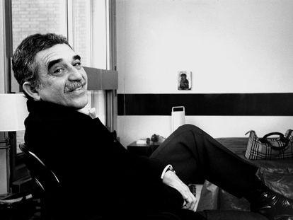 El escritor Gabriel García Márquez, en París en enero de 1982.